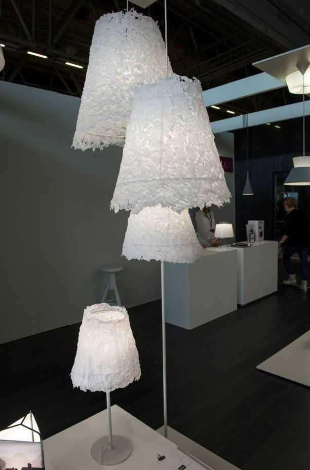 Henna Mantereen suunnittelema Frost-valaisin on kuin jäätä.