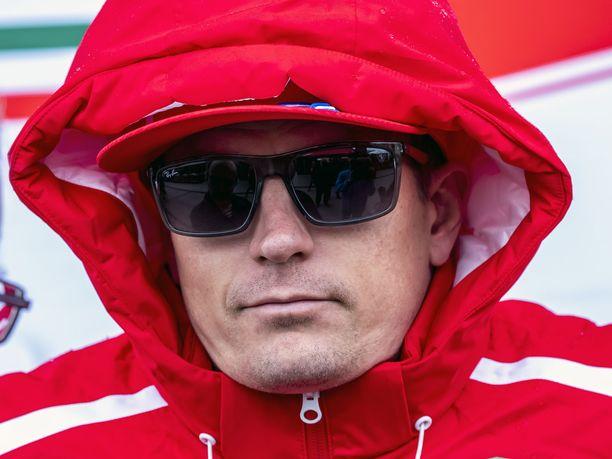 Kimi Räikkönen ei erityisemmin pidä formula ykkösiin pesiytyneestä juoru- ja juonimiskulttuurista.