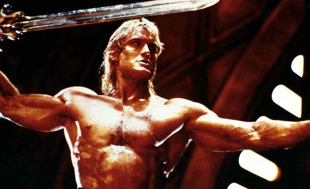 Valkokankaalla He-Mania esitti ruotsalistähti Dolph Lundgren.