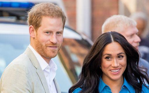Harry ja Meghan kertoivat vauvauutisensa – huomasitko erikoisen viittauksen Dianaan?