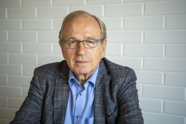 Suomen ensimmäinen EU-komissaari Erkki Liikanen.