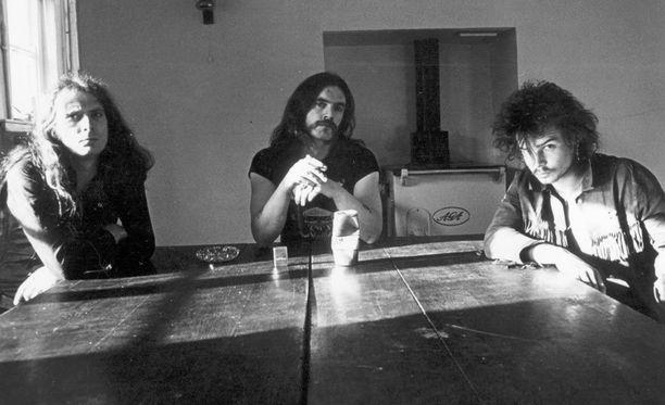 Enää Fast Eddie Clarke (vas.) on elossa klassisesta Motörhead-kokoonpanosta. Philthy Animal Taylor (oik.) menehtyi marraskuussa.