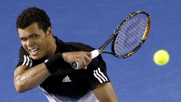 Jo-Wilfried Tsonga lähetti Jarkko Niemisen kaataneen Rafael Nadalin laulukuoroon.