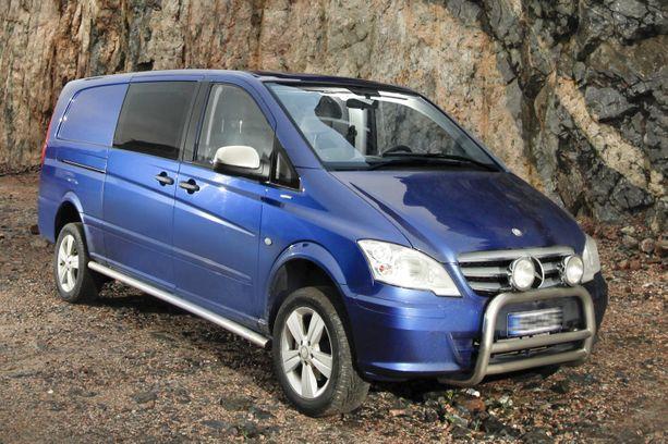 2010-luvun alun Mercedes Vito on ollut vikalistojen kärjessä katsastuksissa. Vuonna 2011 VW Caravelle pakettiauto oli vielä Vitoa heikompi. Silloin heikoimman tuloksen saavutti Dacia Duster.
