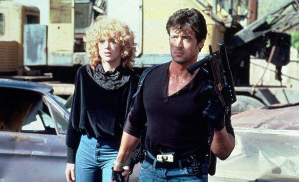 Stallone oli Brigette Neilsenin kanssa naimissa parin vuoden ajan. Kuvassa Nielsen ja Stallone Cobra-elokuvan kuvauksissa vuonna 1985.