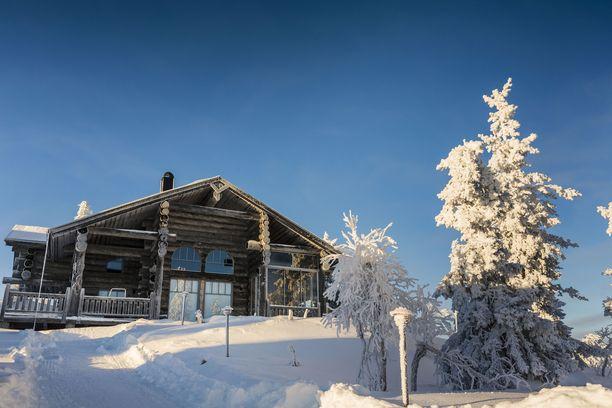 Lumi ja Lappi ovat perinteisesti kiinnostaneet suomalaisperheitä jouluna.