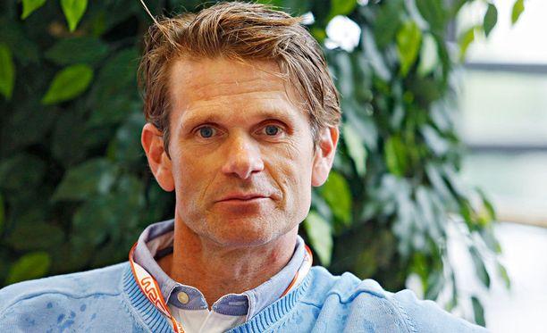 Minkä merkkisellä autolla Marcus Grönholm kaasutteli maailmanmestaruuksiin?