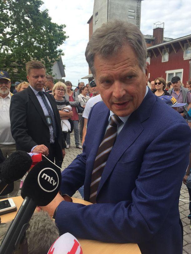 Tasavallan presidentti Sauli Niinistö antoi kommentteja myös medialle vierailunsa yhteydessä.