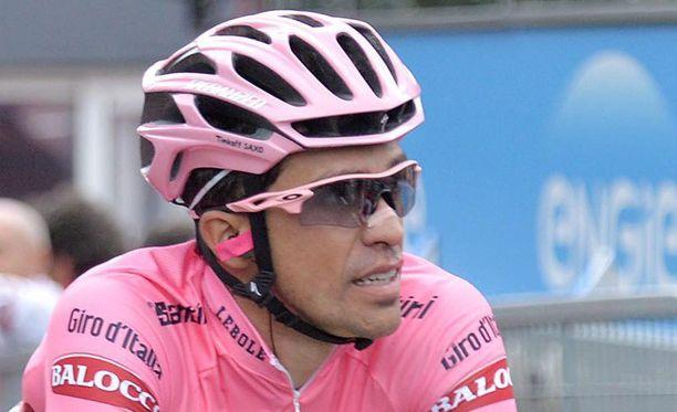 Alberto Contador ajoi kolmanneksi Madonna di Campiglioon päättyneellä etapilla.