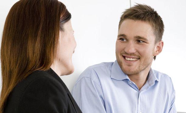 työpaikan dating ongelmia