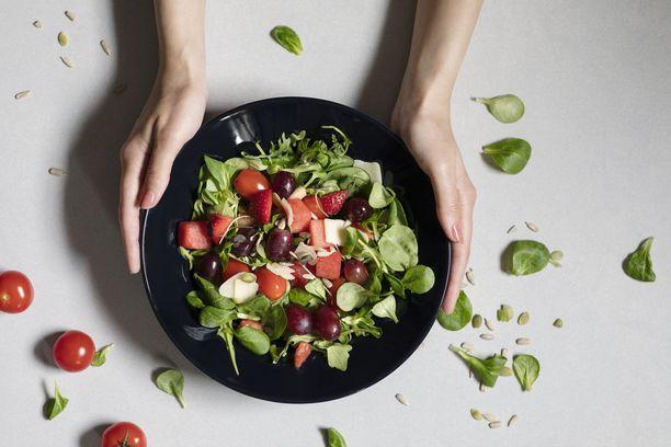 Hetki salaattisekoituspusseilla saat vaihtelua lisukesalaatteihin.
