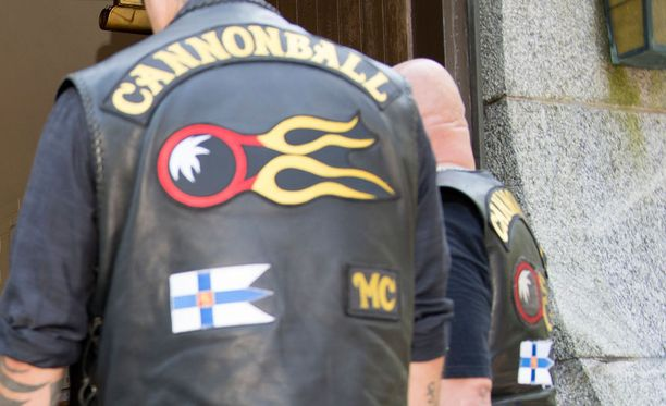 Useita Cannonball-jäseniä otettiin kiinni poliisin operaatiossa. Kuvituskuva.
