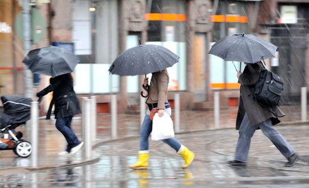 Myös ensi viikoksi on luvassa sateita.