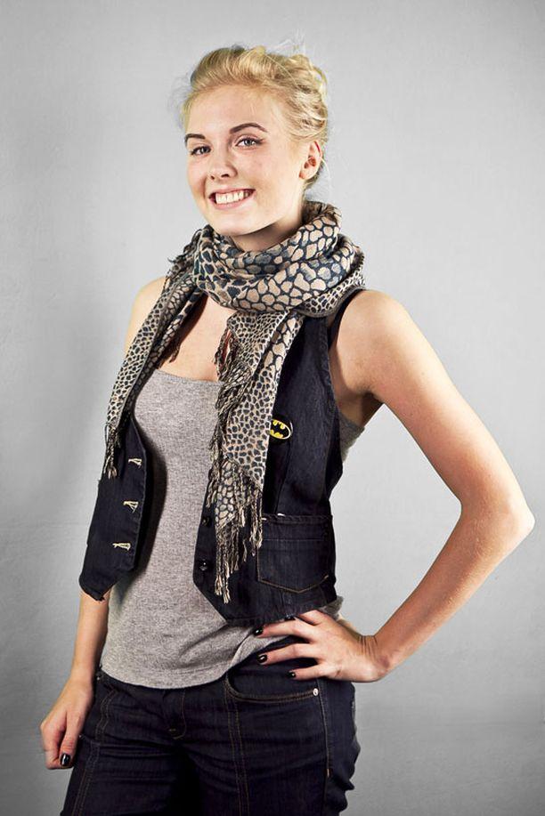 Heidi Akselin liittyi Tähkän ryhmään.