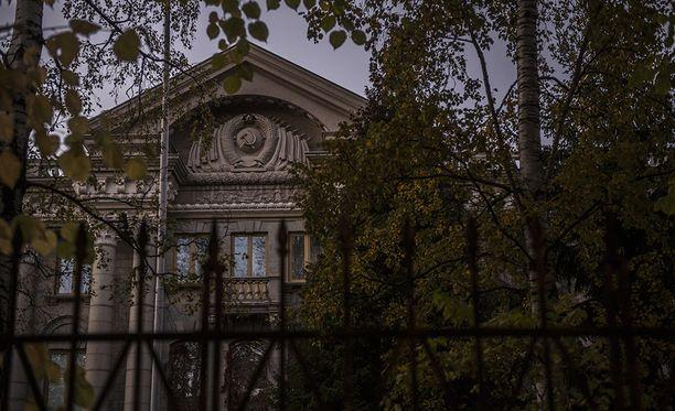 Venäjän Suomen-suurlähettilään Pavel Kuznetsovin työpaikka sijaitsee Tehtaankadulla Helsingissä.