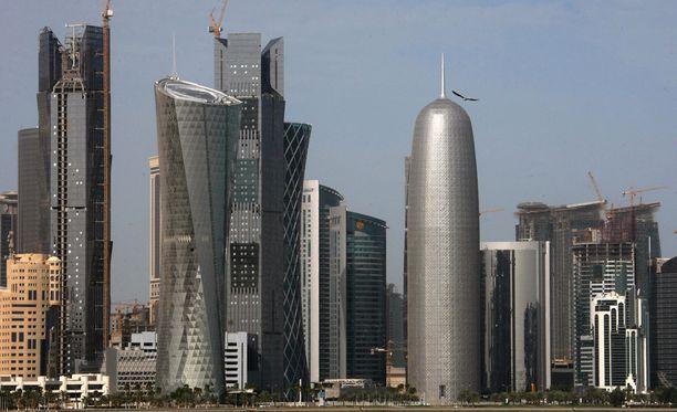 Useat Arabimaat ovat katkaisseet diplomaattisuhteet Qatariin väitettyjen terroristiyhteyksien vuoksi.
