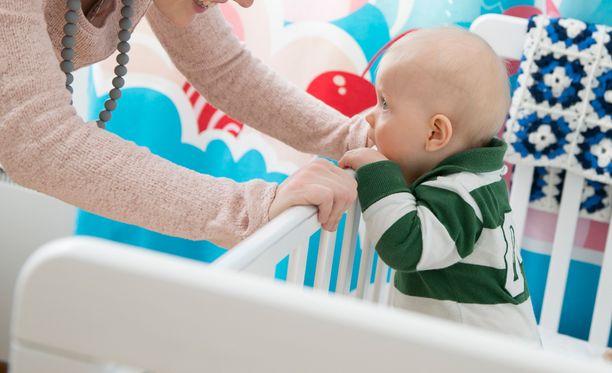 Vuonna 2000 Suomessa tuli raskaaksi 4 039 alle 20-vuotiasta, joista noin 40 prosenttia synnytti lapsen.
