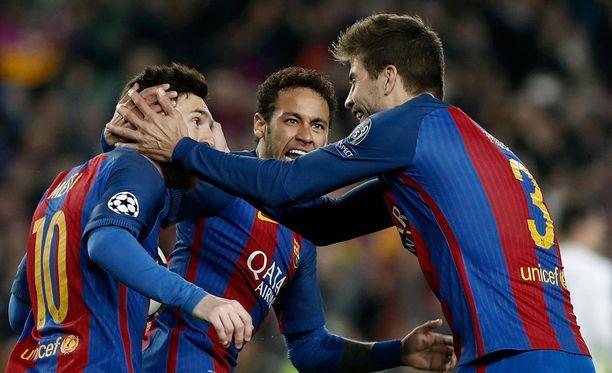 Lionel Messi, Neymar ja Gerard Pique olivat tekemässä Barcelonan ihmettä.