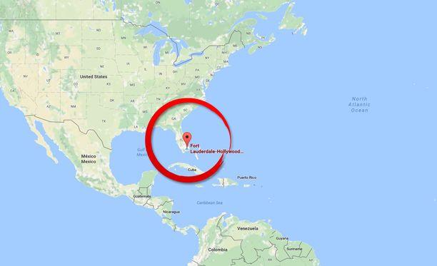 Lentokenttä sijaitsee runsaan 30 kilometrin päässä Miamista.