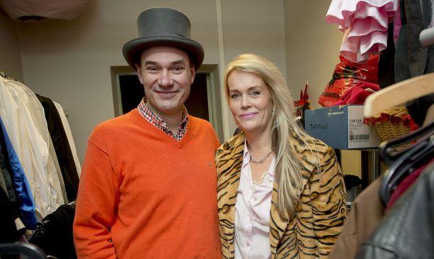 Petri Lairikko ja Katariina Leino ostivat velkarahalla Kinoteatterin, josta he tekivät musiikkiteatterin, joka tunnettiin nimellä Palatsiteatteri. Nyt toiminta on konkurssissa ja omistajat tuomittu.