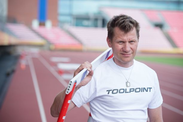 Toni Roponen toimii tälläkin kaudella Iltalehden yleisurheiluasiantuntijana.