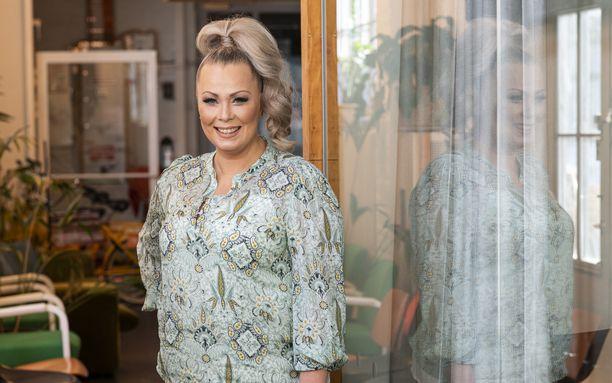 Johanna Pakonen nähdään Selviytyjät Suomi -ohjelman uudella tuotantokaudella.