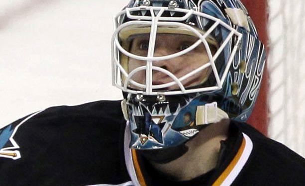 Antti Niemen edustama San Jose Sharks hävisi.