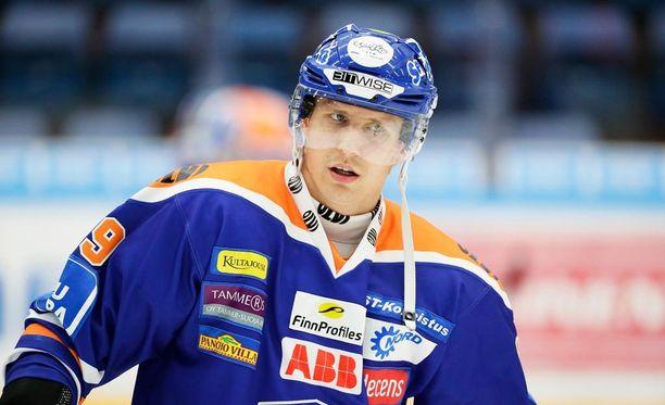 Tapparan Veli-Matti Savinainen osui taas.