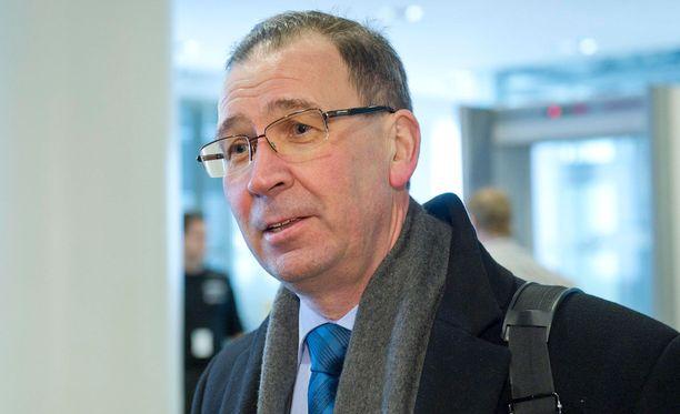 Jukka Rappe toimi aiemmin valtionsyyttäjänä.