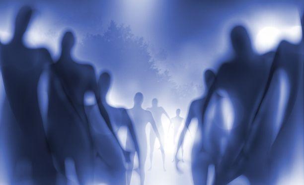 Yliluonnollisiin ilmiöihin uskomisesta voi olla hyötyä arjessa, se voi tuoda järjestystä kaoottiseksi koettuun elämään.