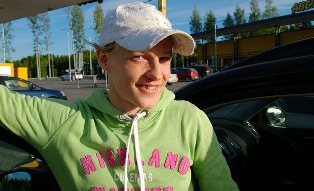 Veera Nieminen muutti yhteen uuden rakkaan kanssa.