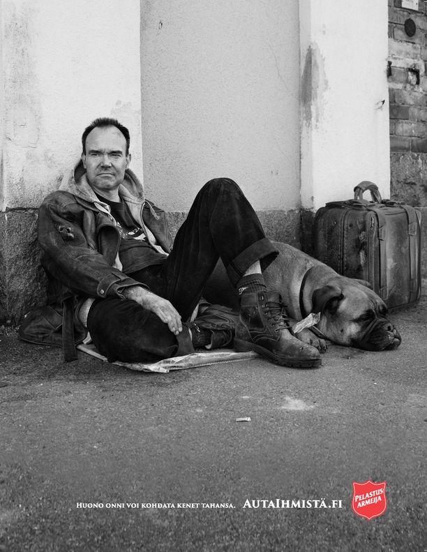 Myös Peter Vesterbacka oli mukana Pelastusarmeijan kampanjassa.