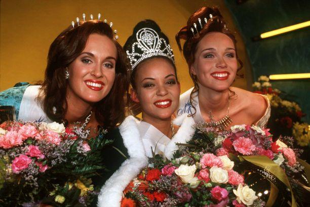 Lola Odusoga niitti menestystä niin Miss Suomi -kilpailussa kuin Miss Universumeissa kansainvälisesti.
