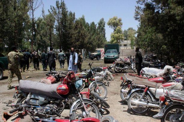 Autopommi räjähti toristaina Lashkar Gahin kaupungissa.