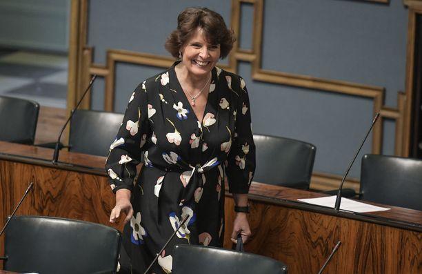 Liikenne- ja viestintäministeri Anne Bernerin mukaan maakuntauudistukseen liittyvät osat saadaan liitettyä maantielakiin syksyllä.