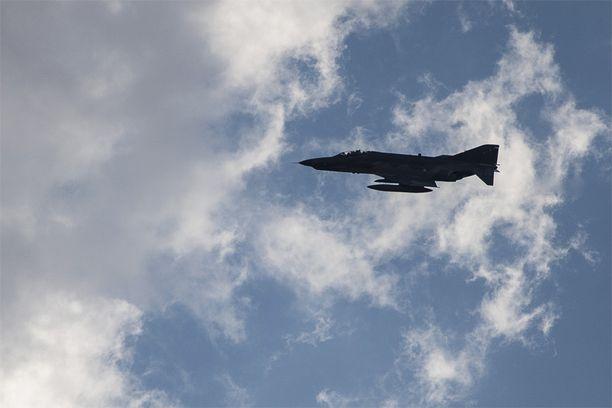 Kaksi turkkilaista F-4-konetta joutui epäatavalliseen onnettomuuteen tiistaina.