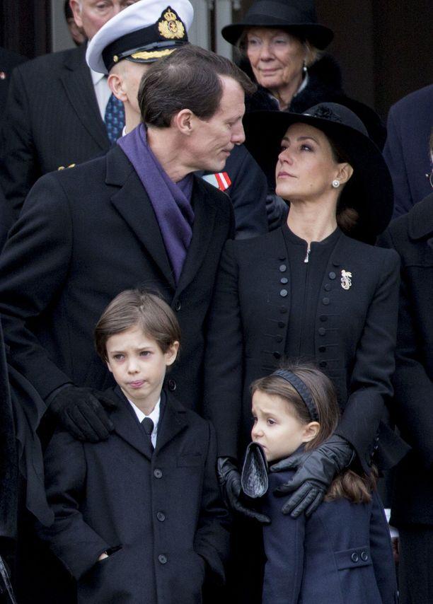 Prinssi Joachim, prinsessa Marie, prinssi Henrik  ja prinsessa Athena helmikuussa 2018.