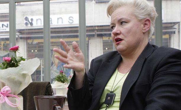 Sirpa Pietikäinen valitti saimaannorppien kohtelusta EU-komisiolle.