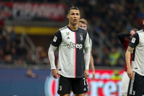 Cristiano Ronaldo treenaa ahkerasti koronavirustilanteesta huolimatta.