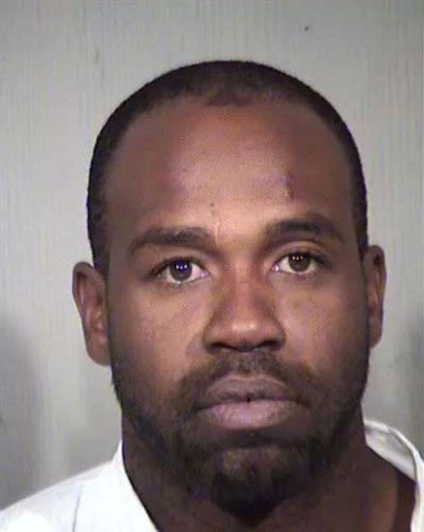 Cleophus Cooksey surmasi poliisin mukaan yhdeksän ihmistä. Muiden uhrien mahdollisuutta ei ole suljettu pois.