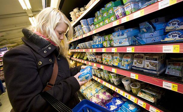 Kuluttajaa hämätään hävittämällä lisäainemerkinnät elintarvikepakkauksista.