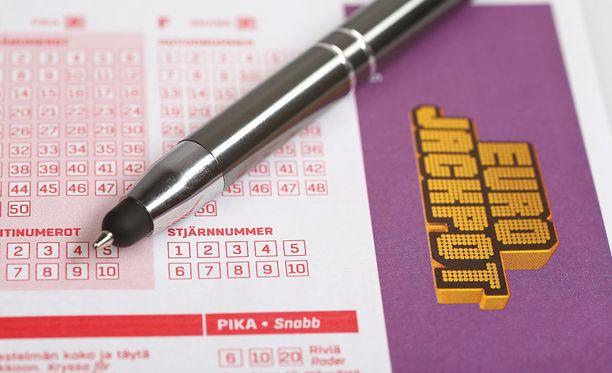 Suomeen saatiin perjantaina Eurojackpotin pikkuvoitto, joka meni Turkuun.