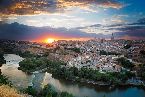 Toledo on yksi suosituimpia päiväretkikohteita Madridissa vierailevien matkailijoiden keskuudessa.
