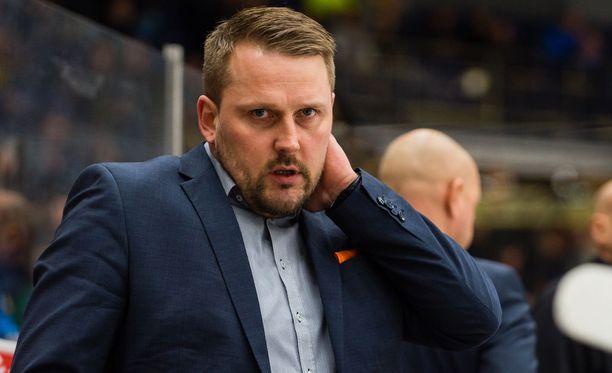 Antti Pennasen HPK joutui tyytymään tappioon Ilvestä vastaan.