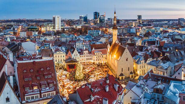 Talllinnan perinteiset joulumarkkinat järjestetään aivan vanhankaupungin sydämessä.