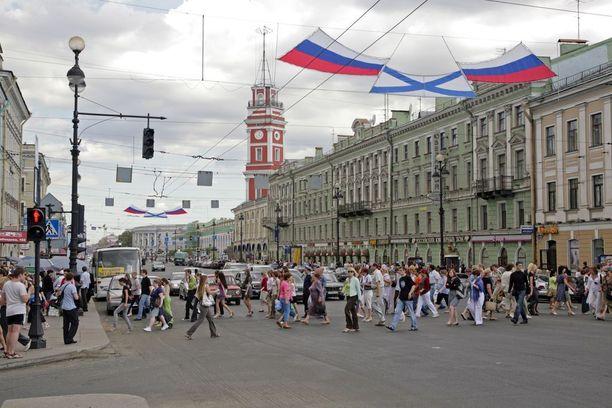 Kaavailu viisumivapaus koskisi korkeintaan 72 tunnin matkoja ja se ulotettaisiin kaikkiin turisteihin saapuivatpa he Pietariin millä kulkuvälineellä hyvänsä.