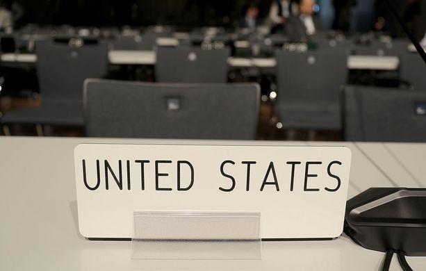 USA:n penkki Bonnin ilmastokonferenssiin avaustilaisuudessa maanantaina.