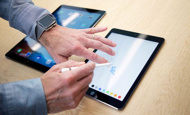 Applen uusi iPad Pro esittelyssä yhtiön lehdistötilaisuudessa.