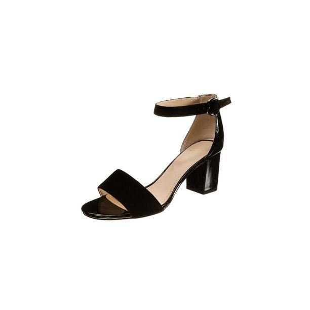 Clarksin Susie Deva -sandaalit muistuttavat Siennan kenkiä – ja mikä parasta, ovat alennuksessa! 62,95 e, Zalando.