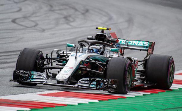 Valtteri Bottas ajoi loistavasti Itävallan GP:n aika-ajossa.